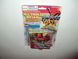 XTREME PLAY DIE CAST BATTERY OPERATED LIGHT UP RACER  SEALED